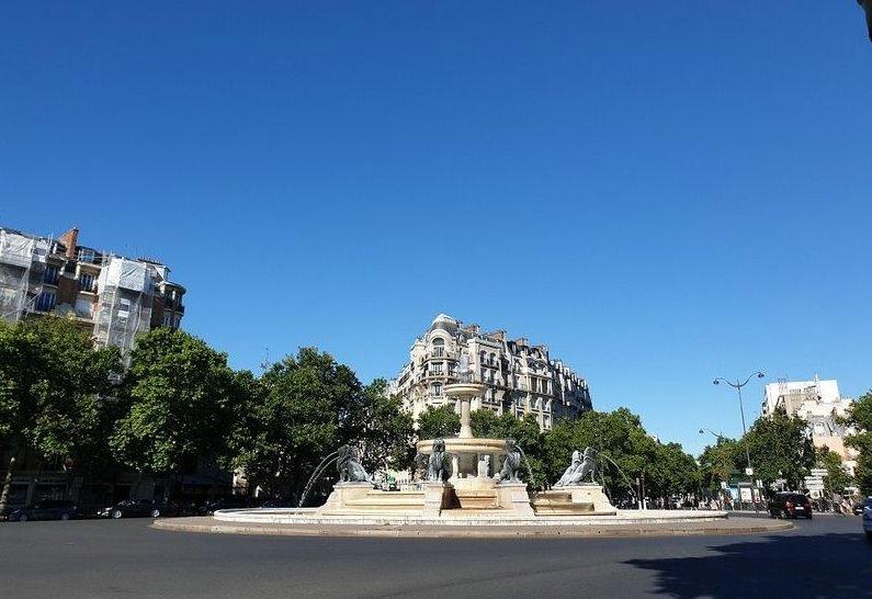 Paris - XII ème - PROMENADE PLANTÉE / ÉGLISE DU SAINT ESPRIT - M° Daumesnil - STUDIO - DERNIER ÉTAGE - TERRASSE VUE IMPRENABLE - AUCUN VIS-À-VIS - SOLEIL - CALME ABSOLU
