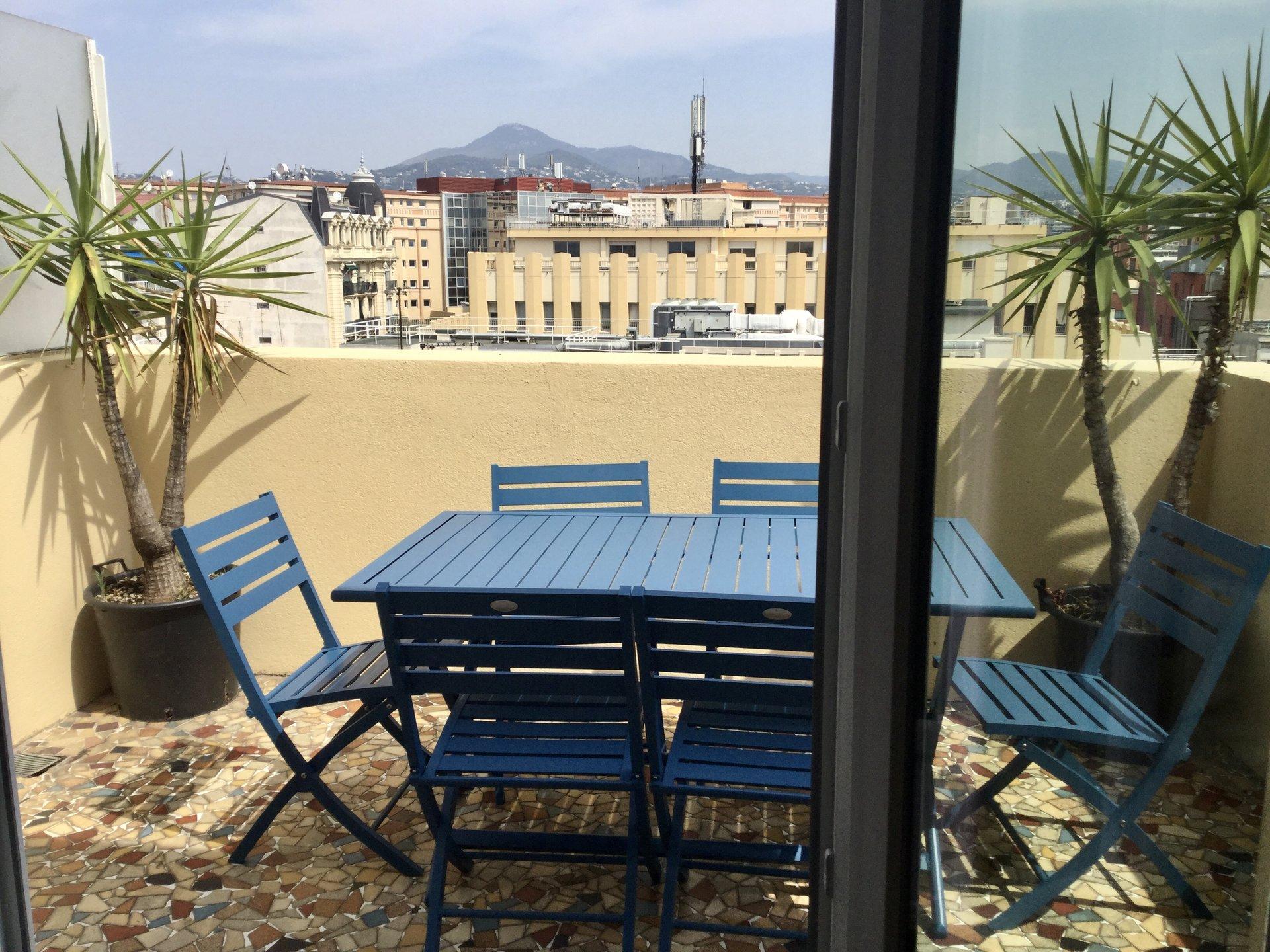 Dernier étage - Terrasse - 3 pièces Neuf