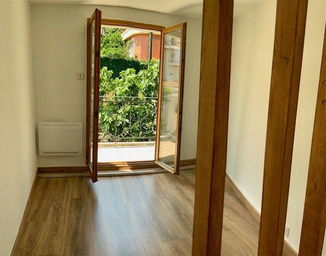 Atypique - Nice Ouest - Appartement 30m² en Duplex