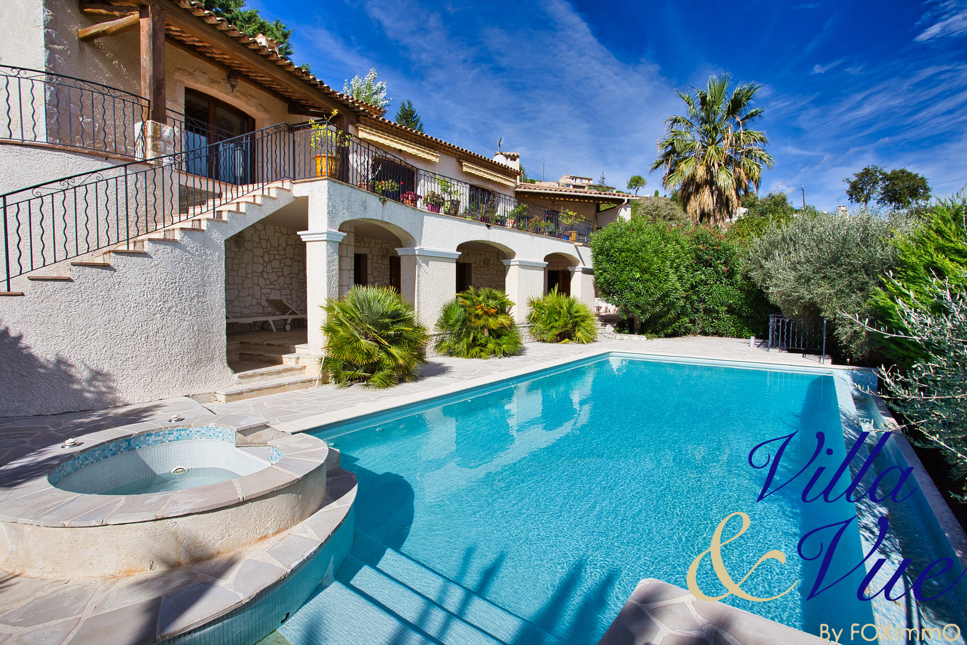 Stone villa 300 m² 9P 5 bedrooms with exceptional and panoramic sea view