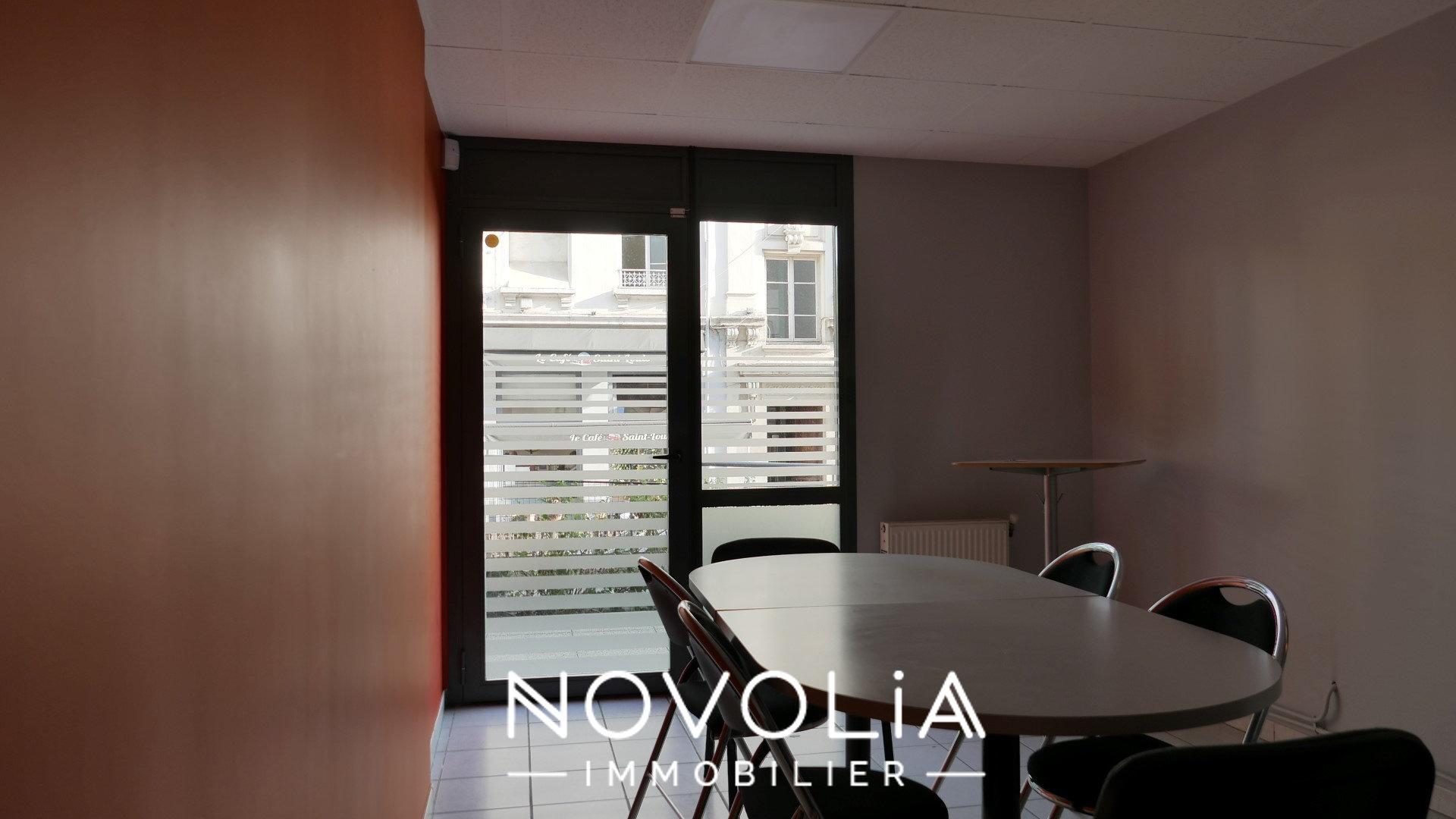 Achat Bureau, Surface de 193.92 m²/ Total carrez : 193.92 m², , Lyon 7ème (69007)
