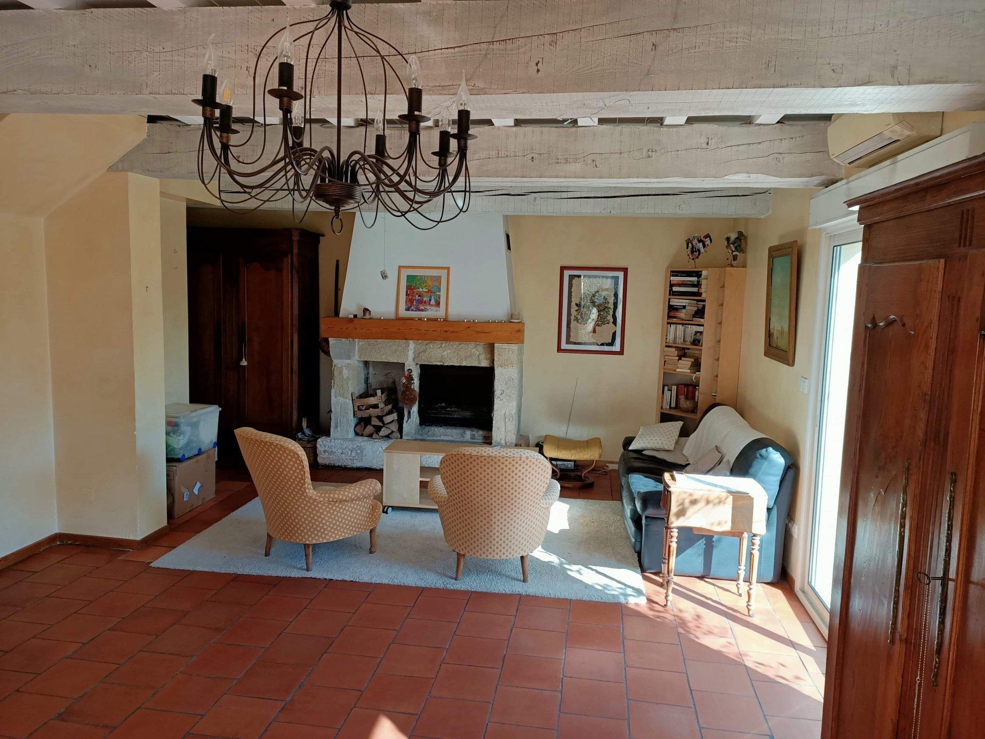 Sale Villa - Gallargues-le-Montueux