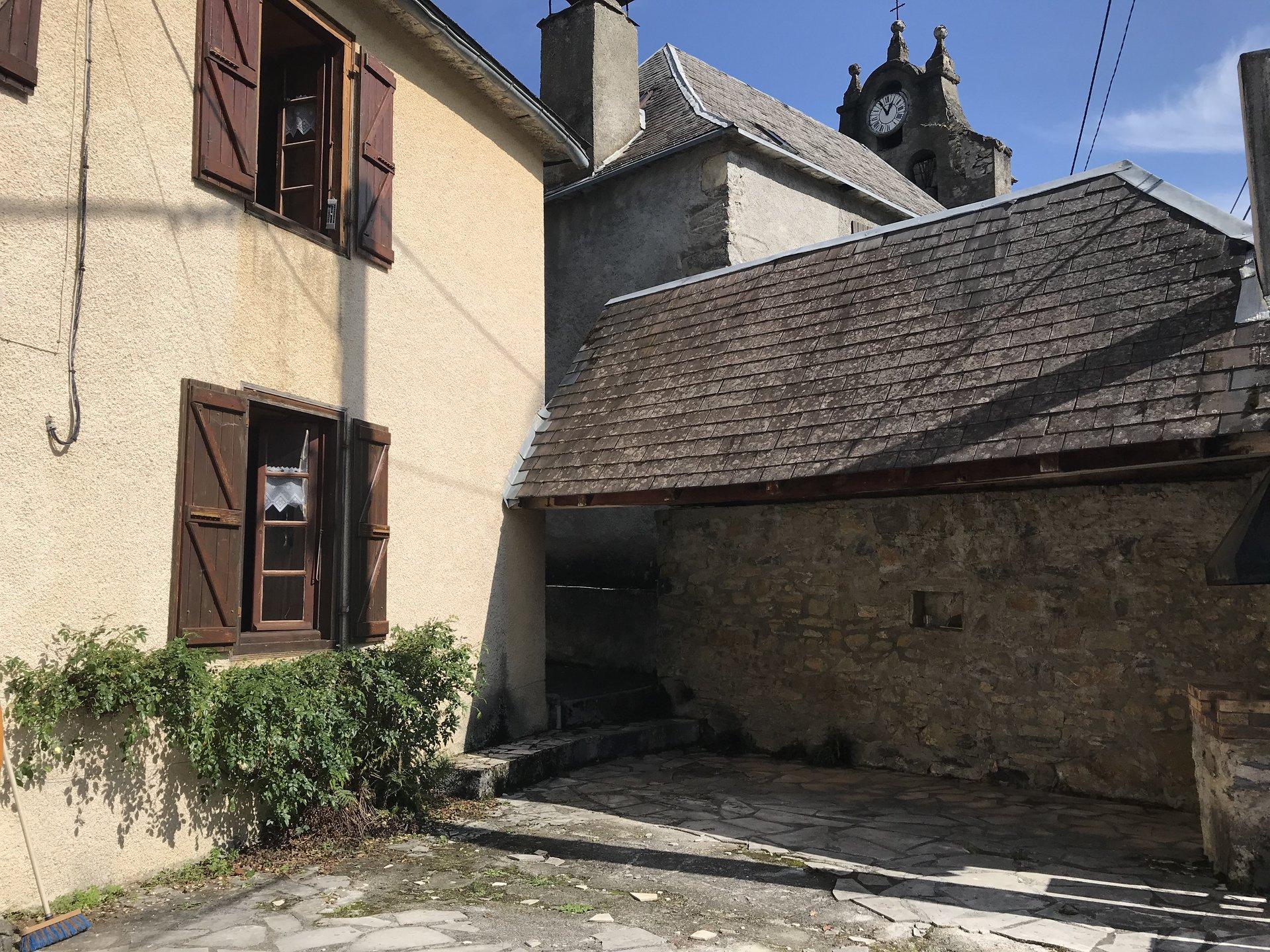 Sale Village house - Boutx