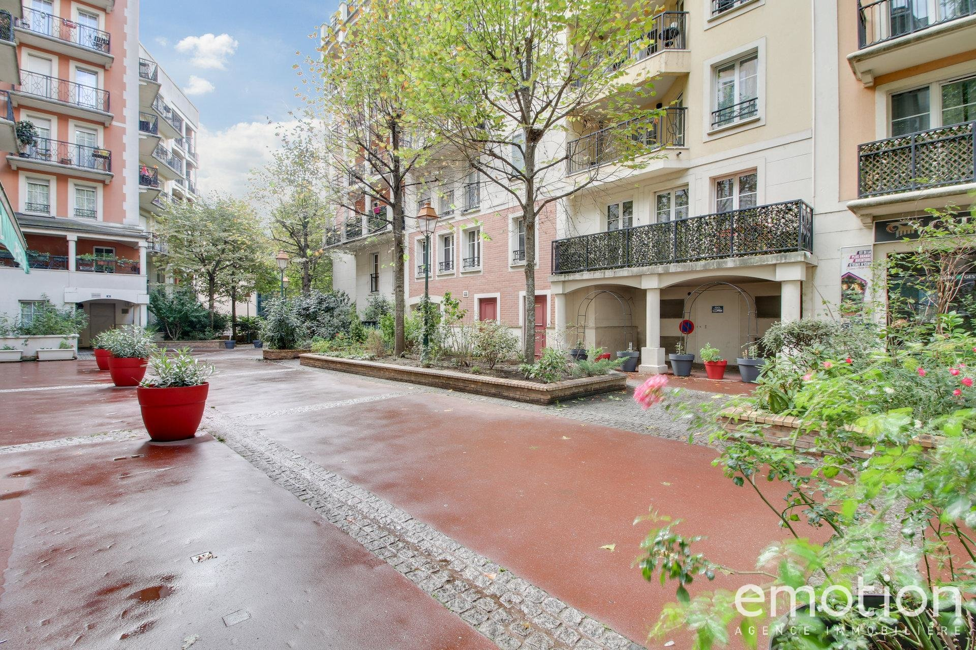 Sale Apartment - Saint-Maurice