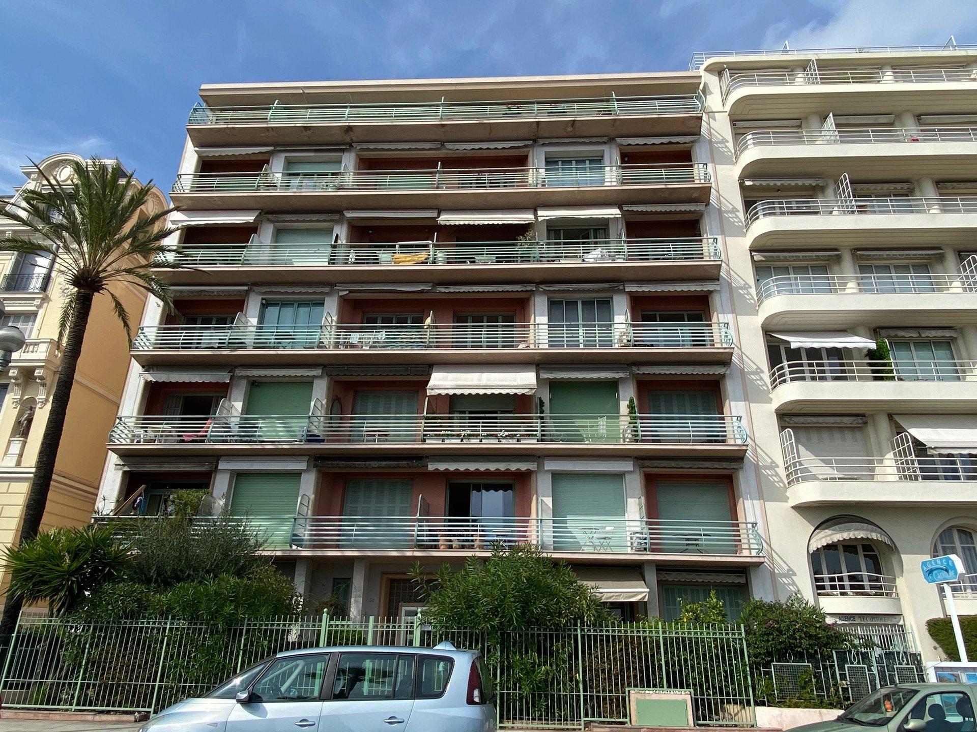 PROMENADE DES ANGLAIS, 3 pièces de 98 m² avec terrasse vue mer