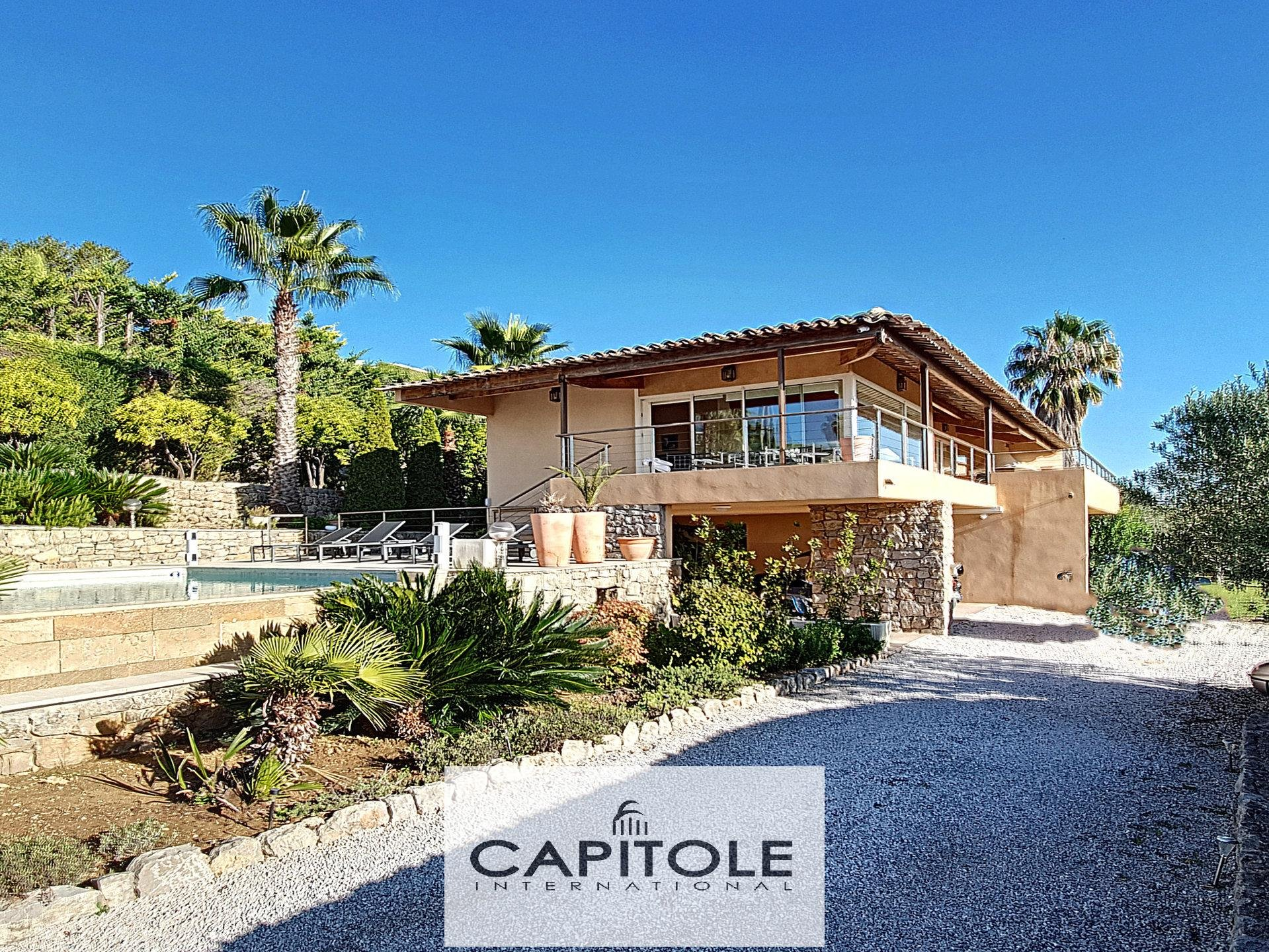 For sale, Golf Juan near Antibes, Panoramic sea view.  66 bedroom villa with pool and garden of 2 475m²