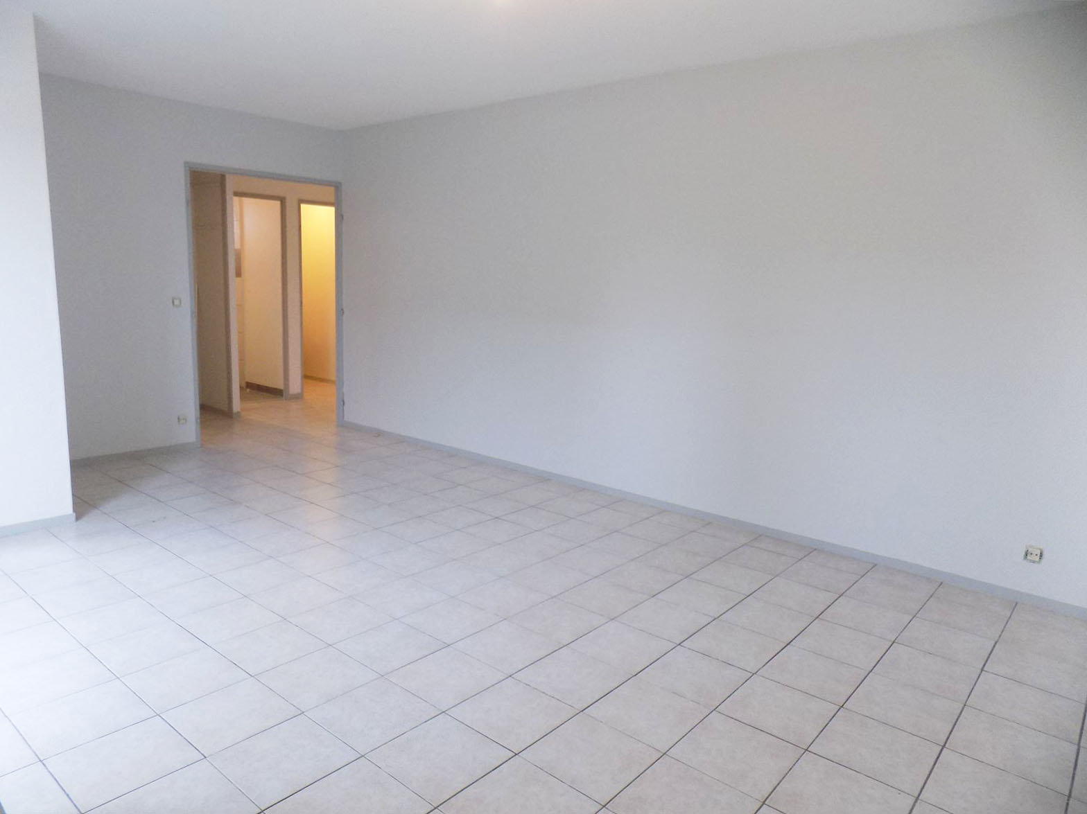 Appartement T2 + PK + CELLIER - 31200 TOULOUSE SEPT DENIERS