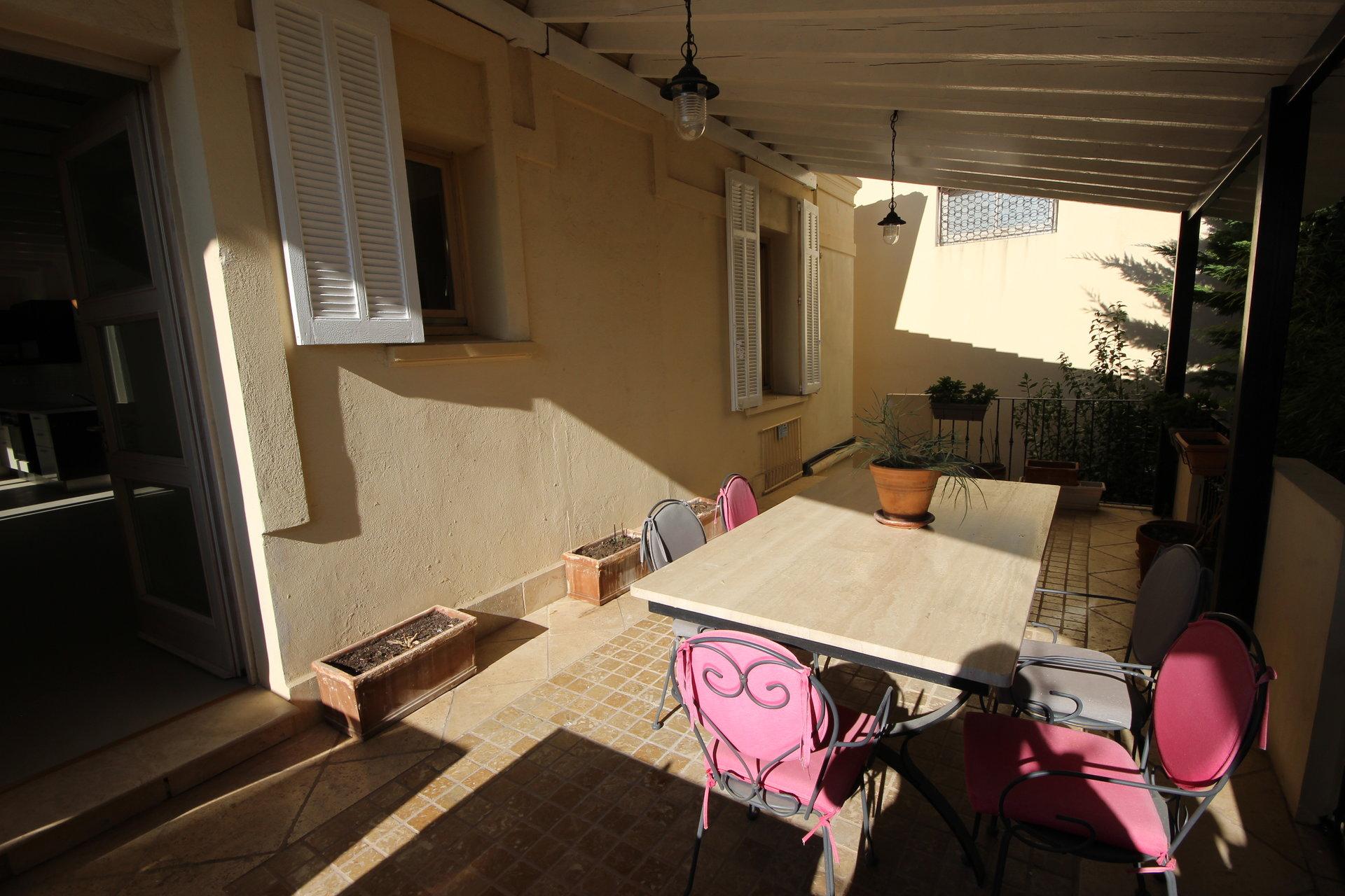 Hus till salu i Cannes Basse Californie