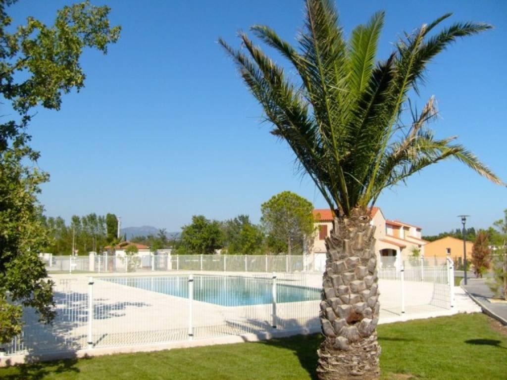 Roquebrune-sur-Argens - Villa, 6 pieces avec  jardin + Jacuzzi dans domaine luxueuse
