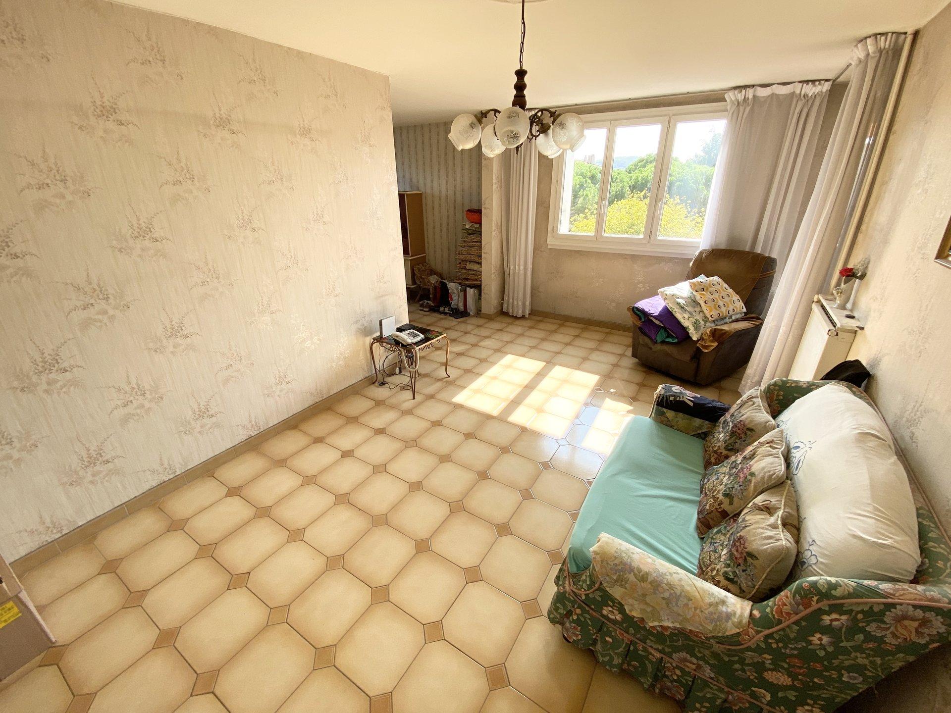 Sale Apartment - Aix-en-Provence