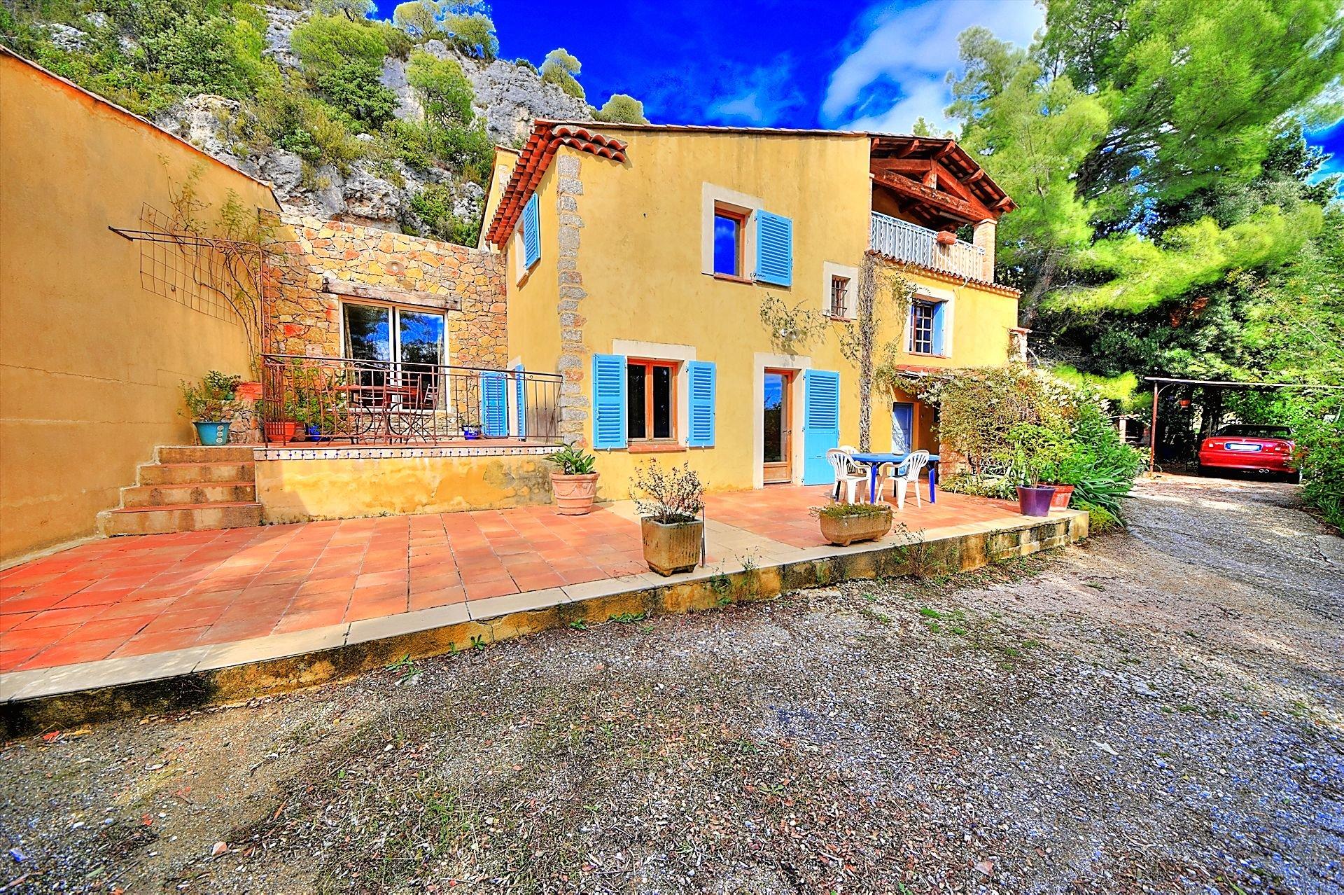 Nice Provencal house, Villecroze, Var Provence