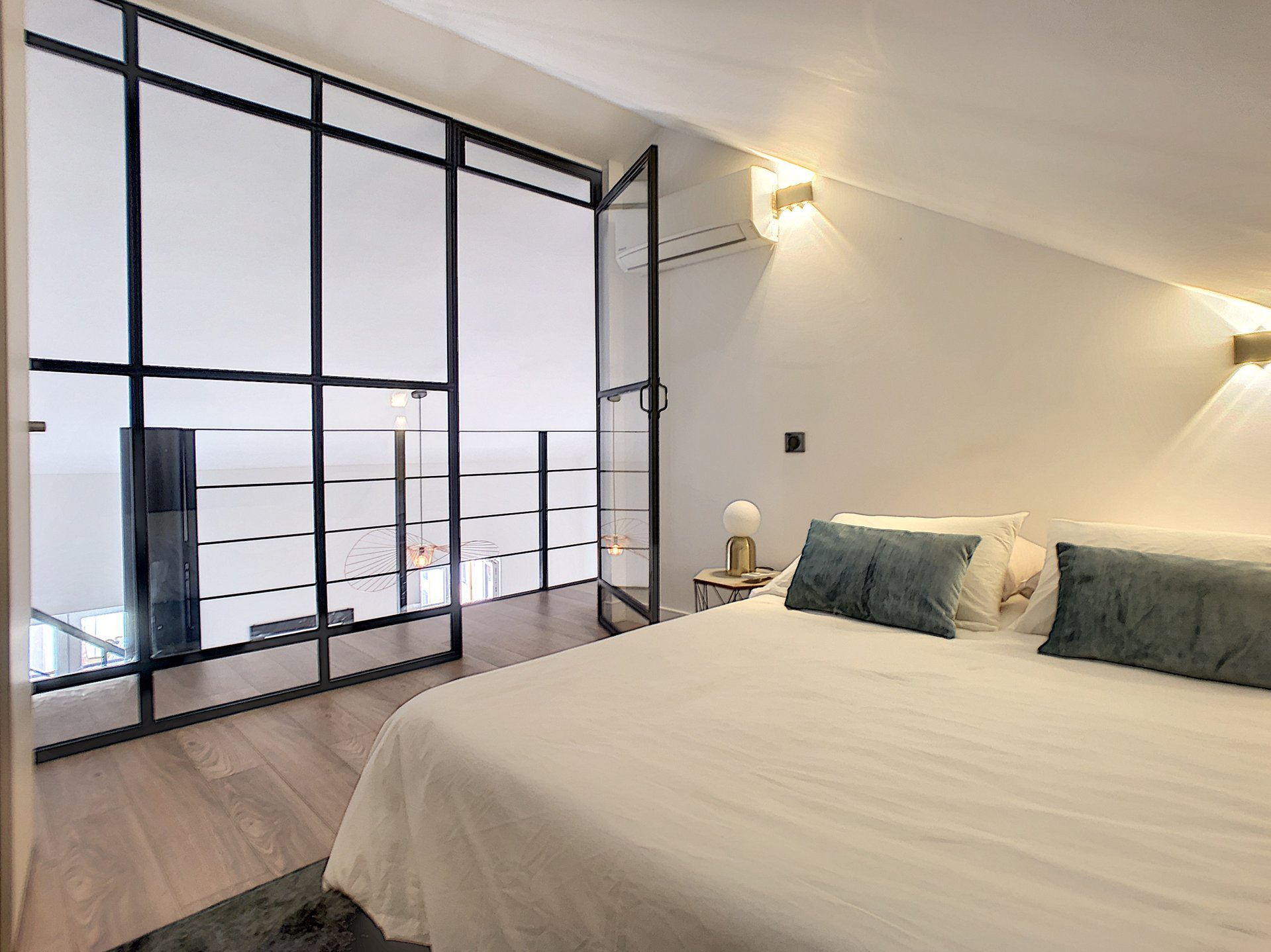 CANNES FORVILLE - Superb 3 bedrooms flat with contemporary fittings