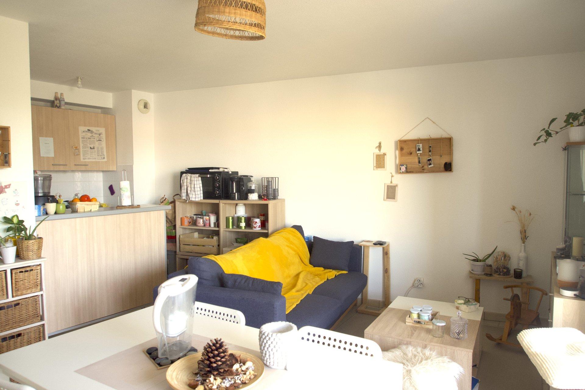 Bruges - Appartement 2 pièces avec balcon