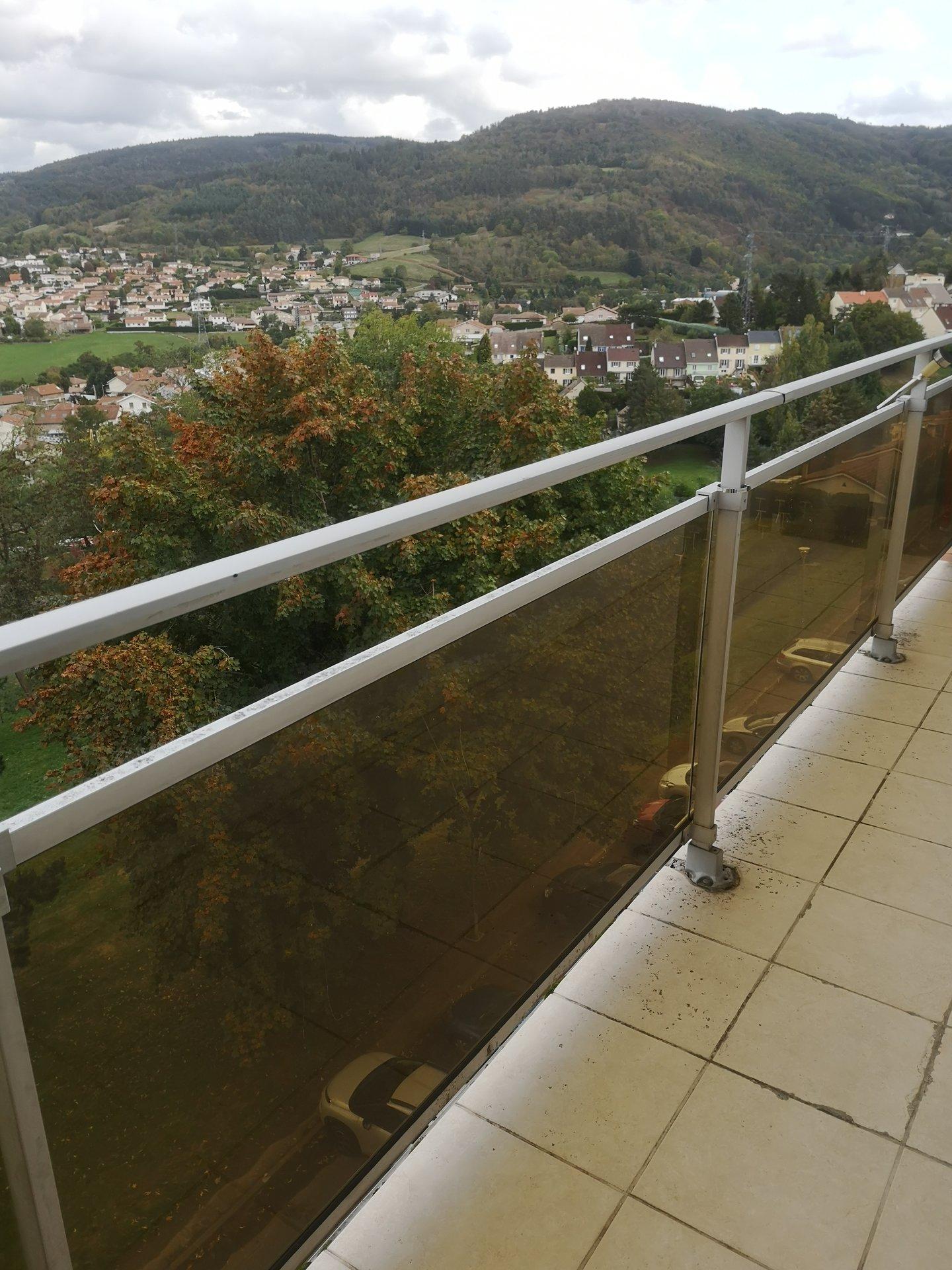 Appartement F3 / Balcon