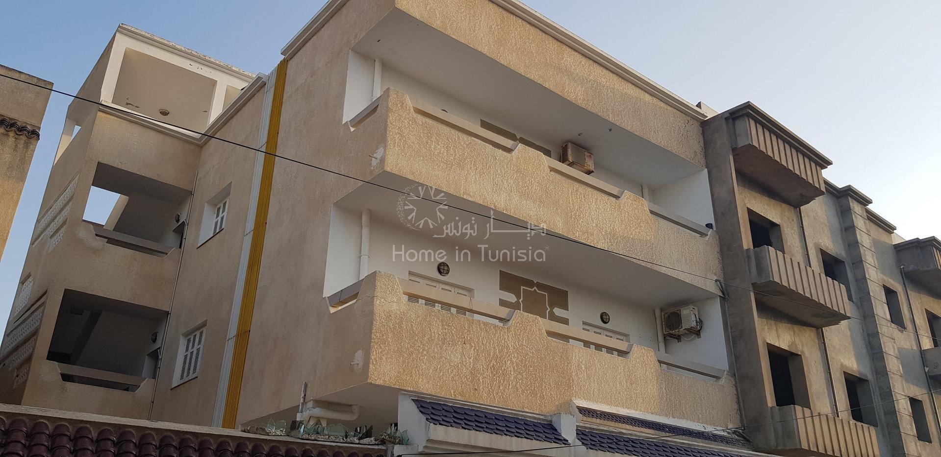 Immeuble a vendre de 11 appartements a Tantana