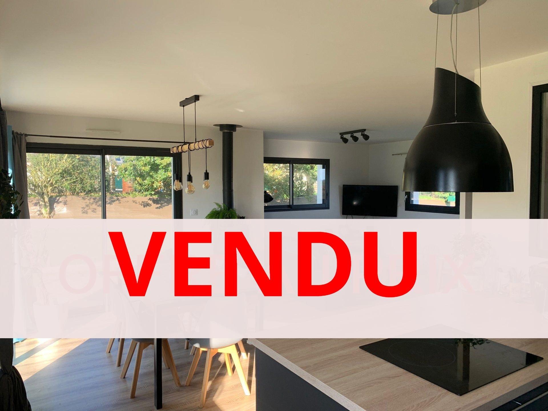 A VENDRE, Guiclan, Contemporaine de 2017