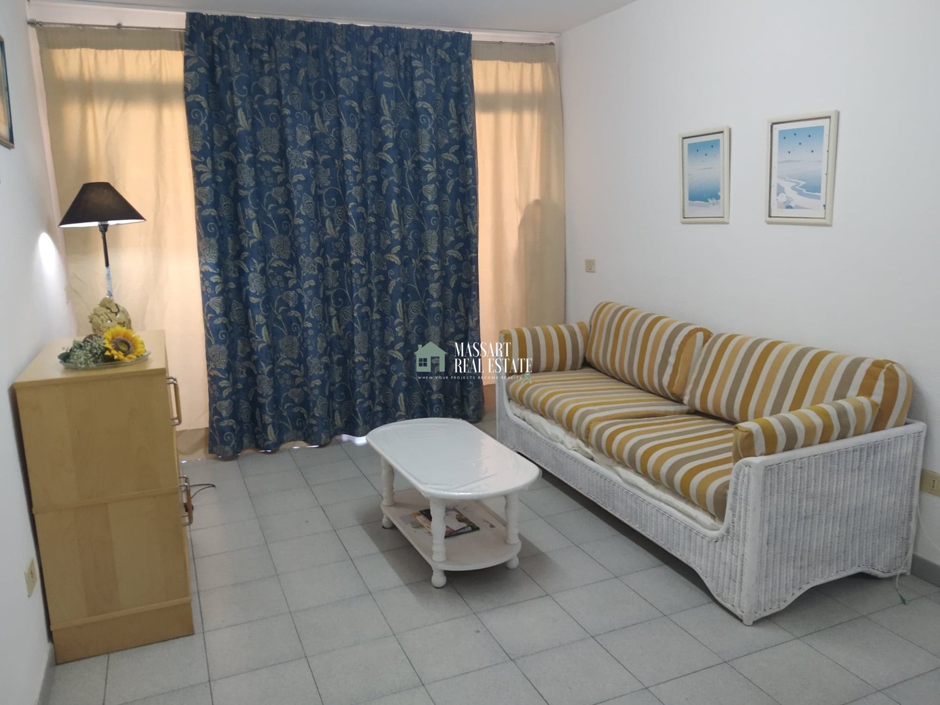 53 m2 furnished apartment in a strategic area of Los Cristianos ... very close to the beach and the promenade!