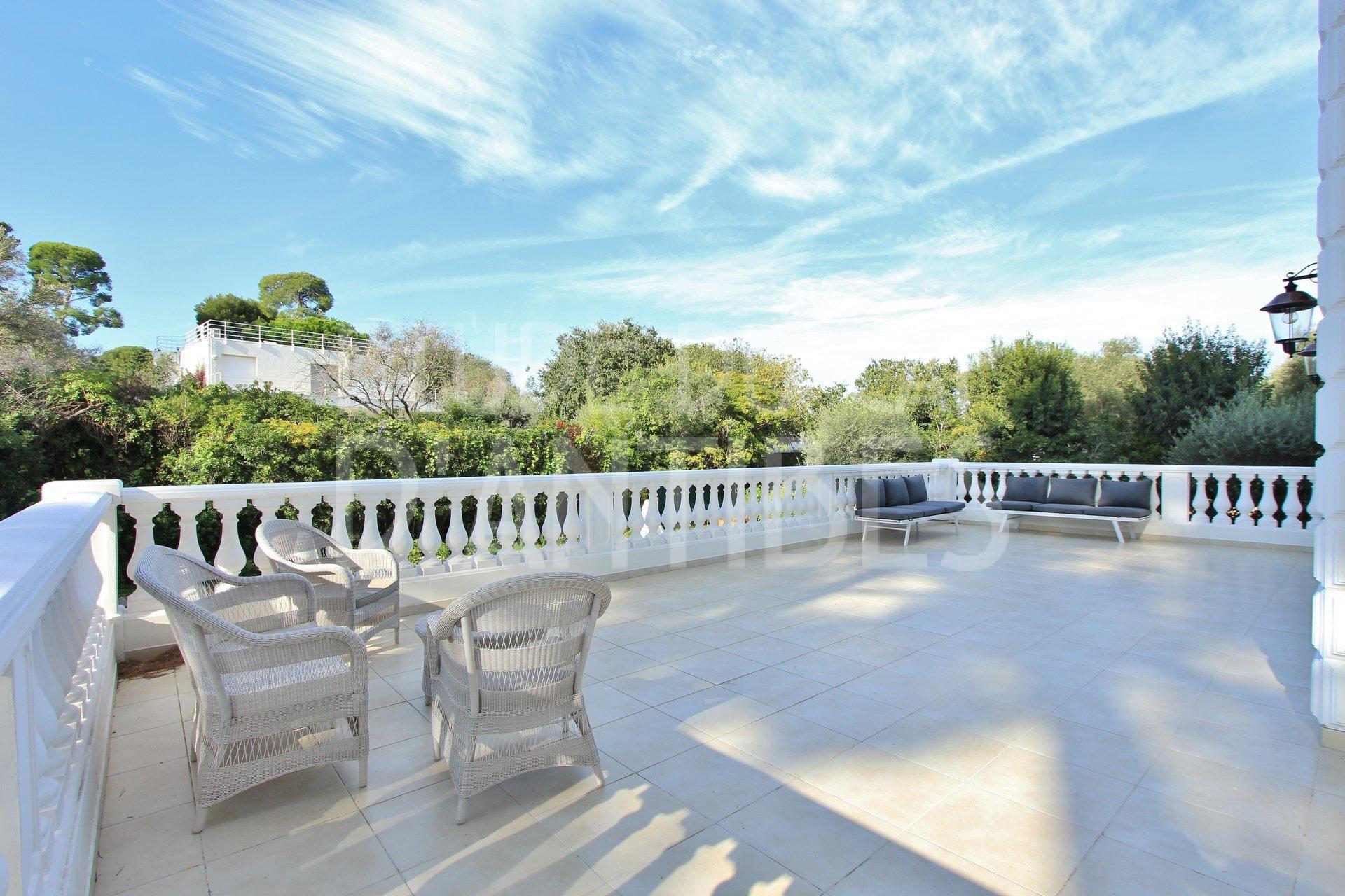 Cap d'Antibes - Villa for sale - Sea View