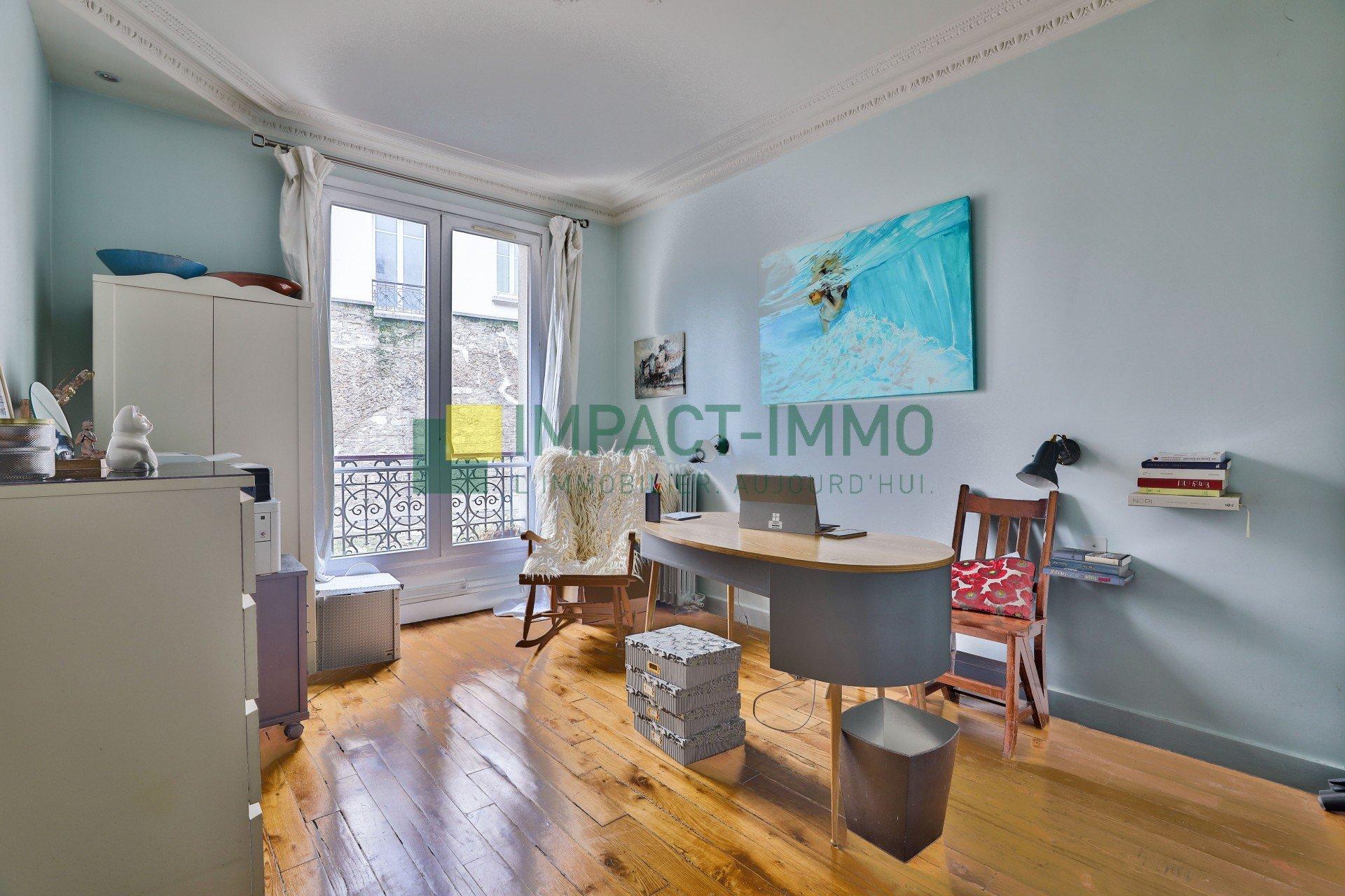 A VENDRE - 5 PIECES - RUE DAMREMONT 75018 PARIS
