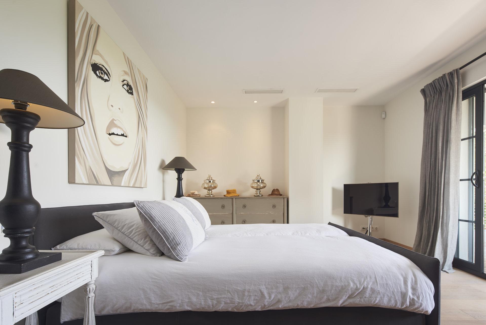 Superbe villa moderne proche centre Le Cannet