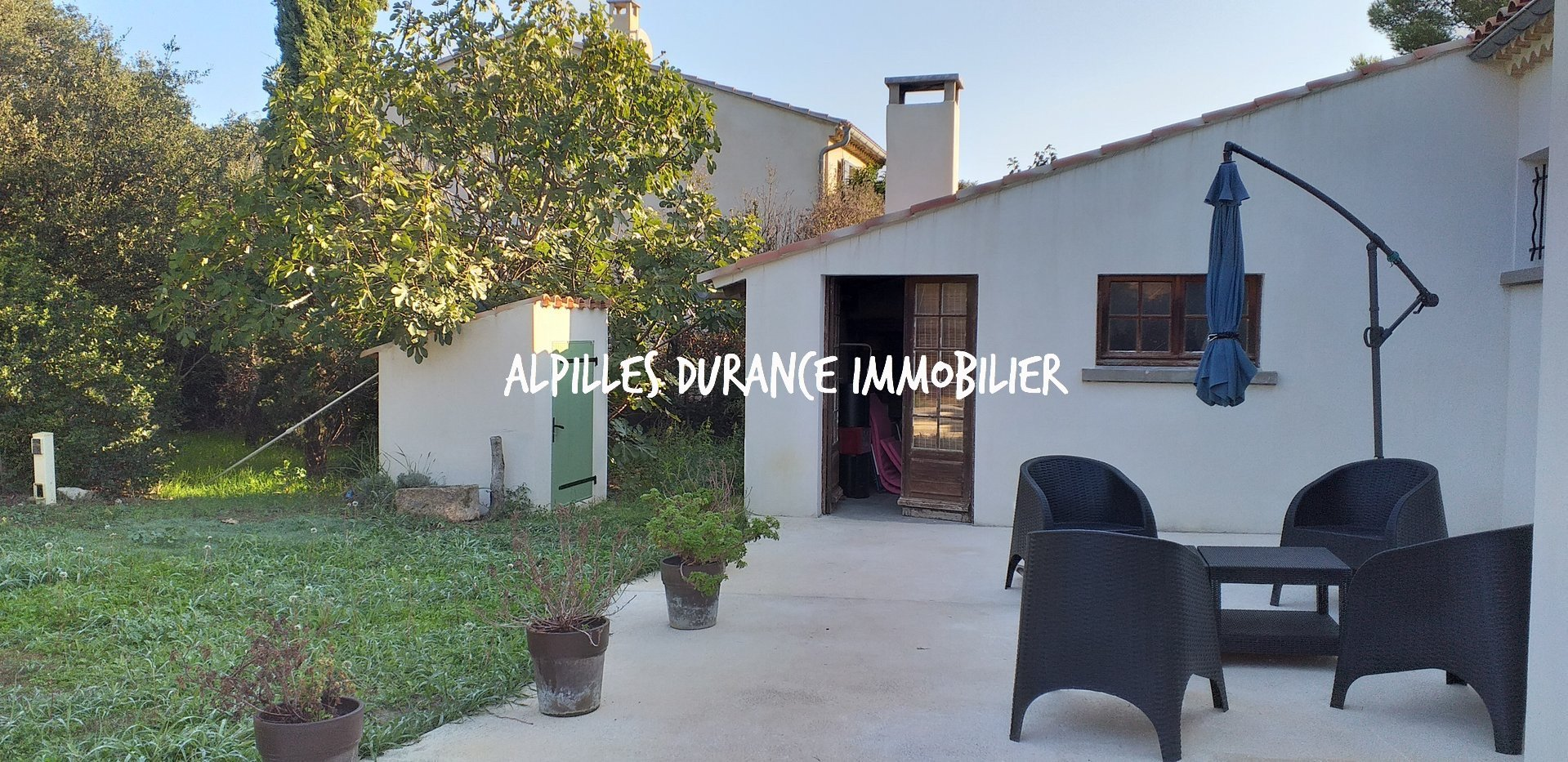 Renovated Villa with Garden and Swimming Pool