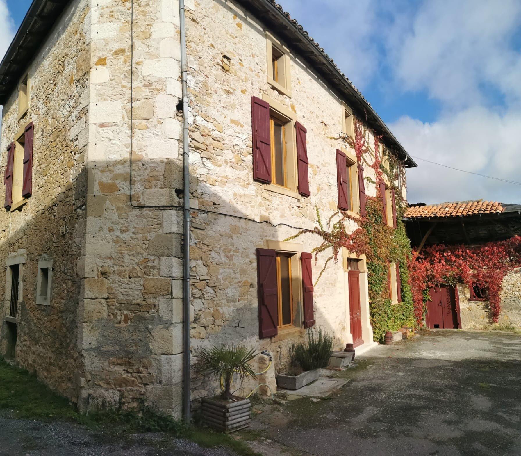 Sale Village house - Alan