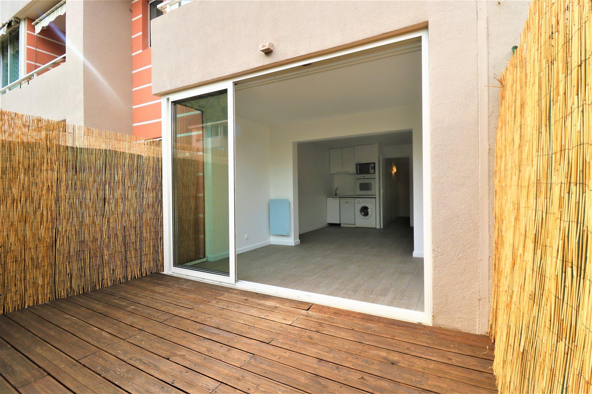 Vente studio /Parking Polygone Riviera Cagnes sur Mer