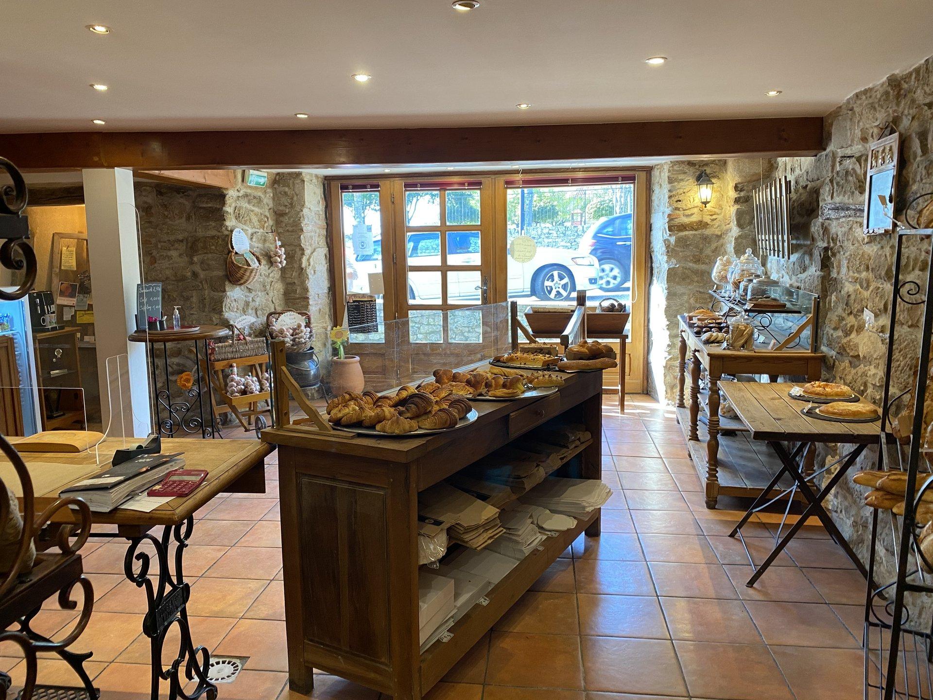 Vente d'un fond de commerce d'une boulangerie dans un village tourtistique du Tarn
