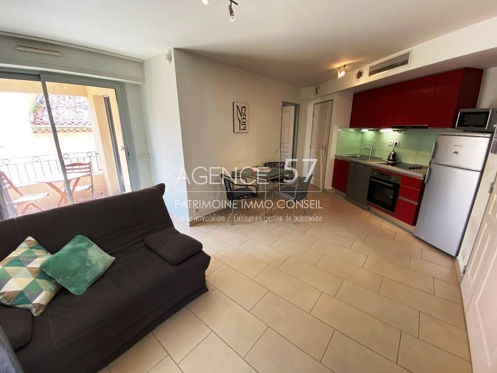 APPARTEMENT 2 PIECES CANNES PORT
