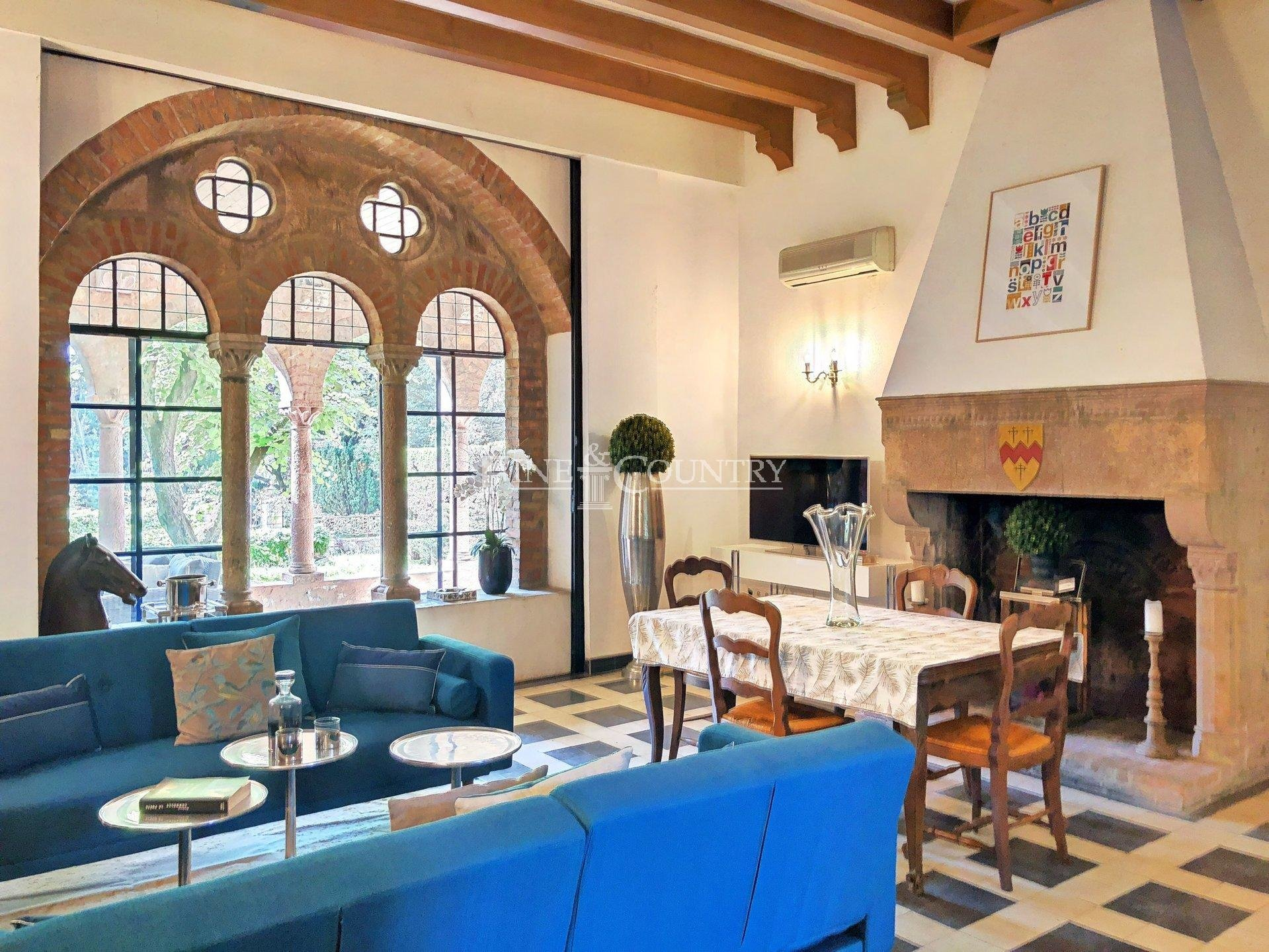 Charming apartment for sale near Cannes and Mougins