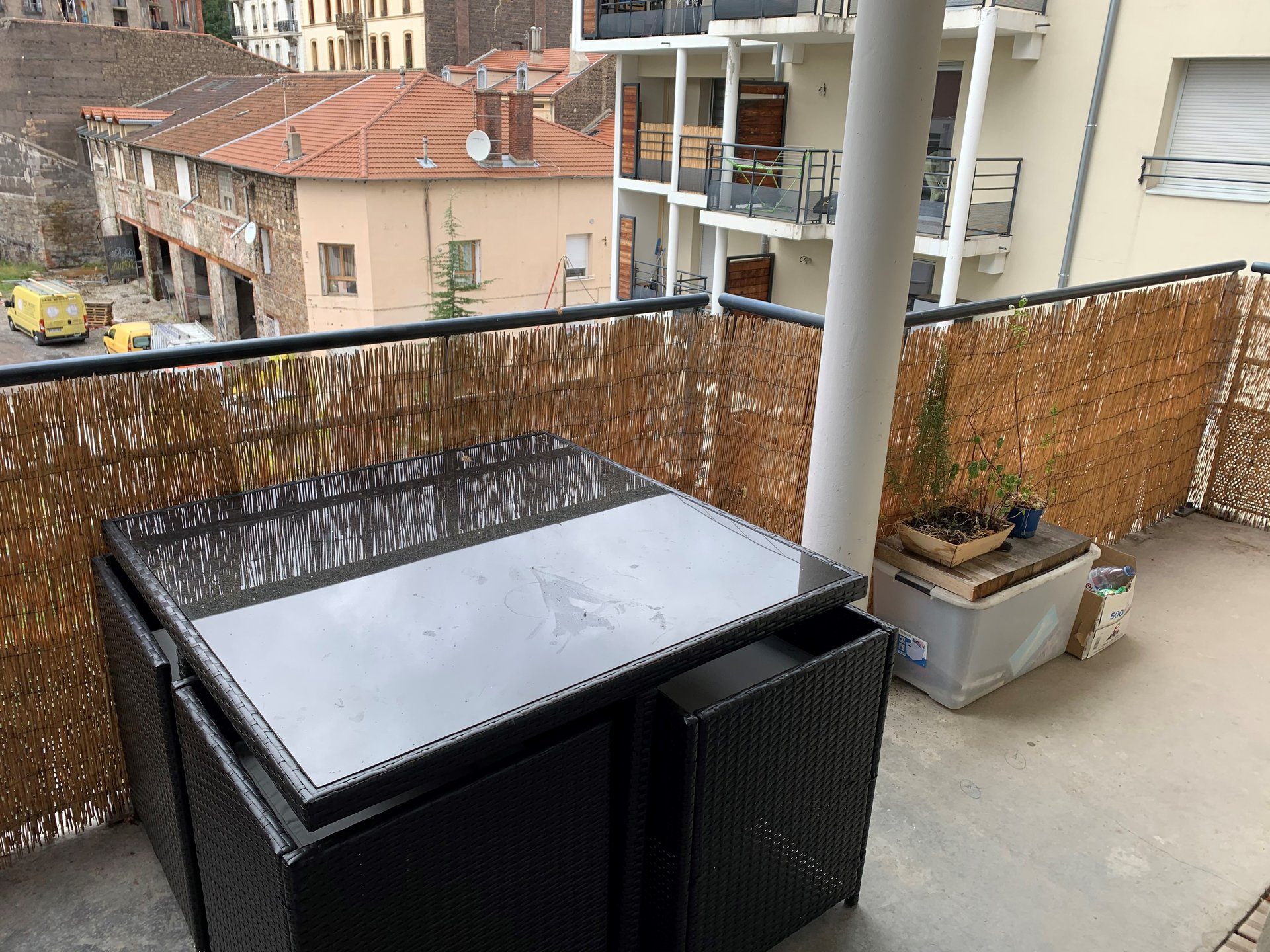 SAINT-ETIENNE - T2 récent avec Balcon et garage