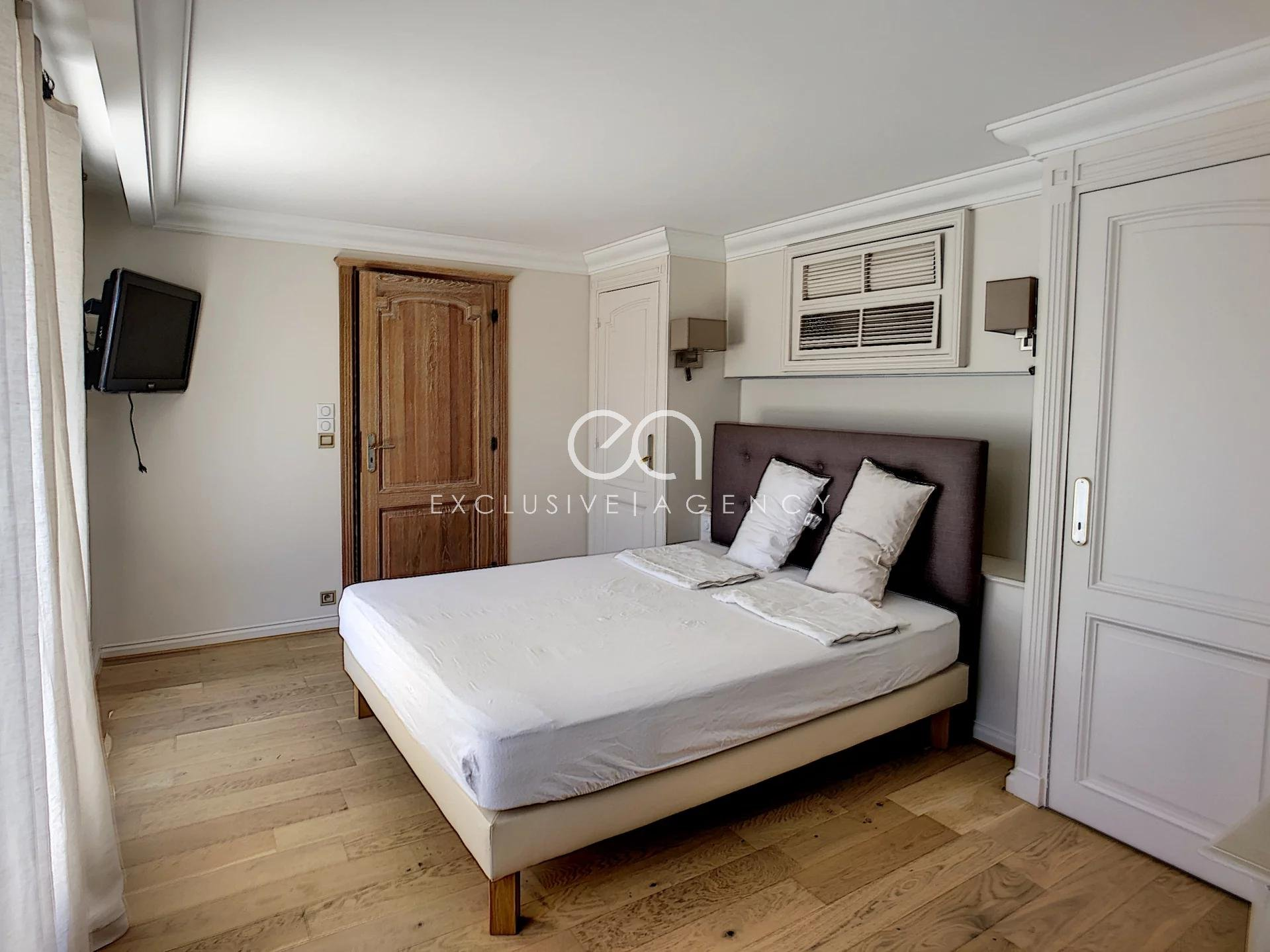 MONTHLY RENTAL CANNES CENTER 6-roomS appartement 250sqm with 60sqm terrace.