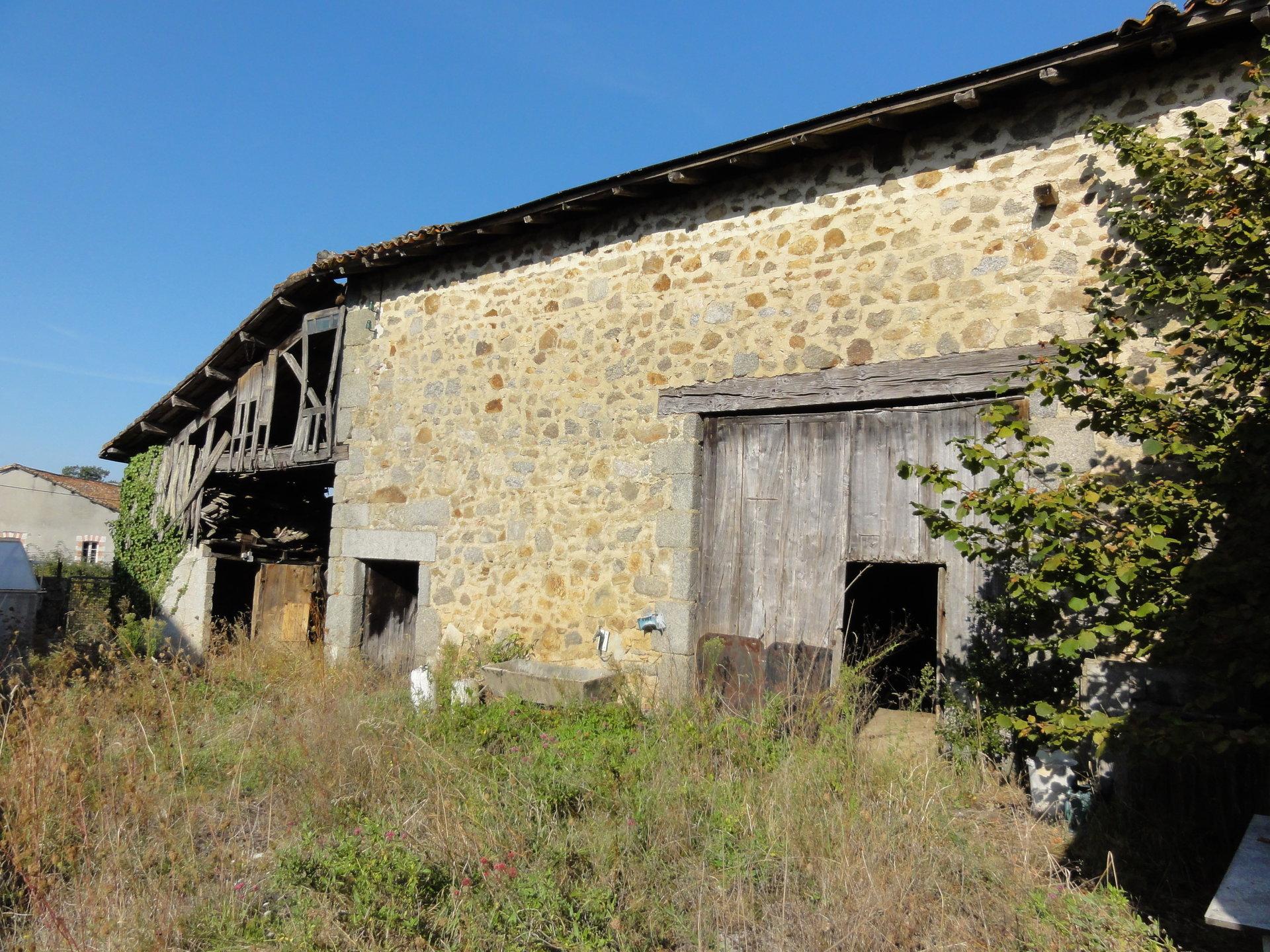 Maison avec grange