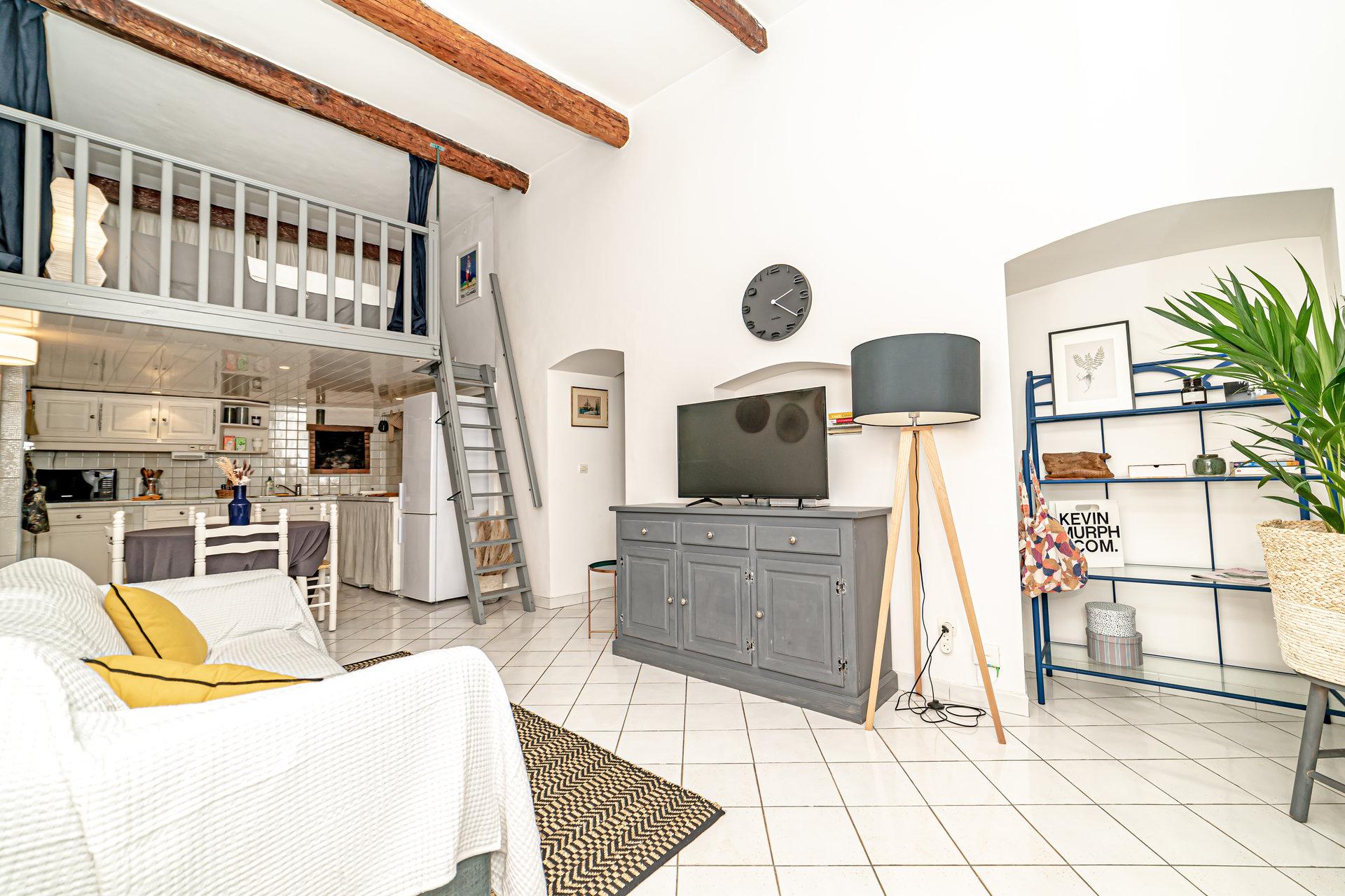3 pièces + Mezzanine / Vieux-Nice