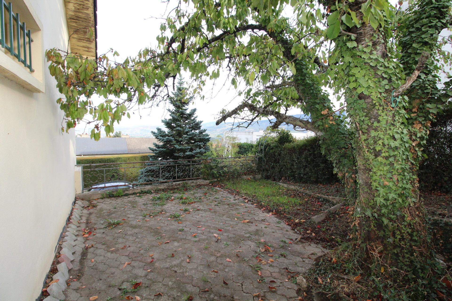 Maison individuelle Saint-Jean -Bonnefonds 7 Pièces 150m2 avec garage