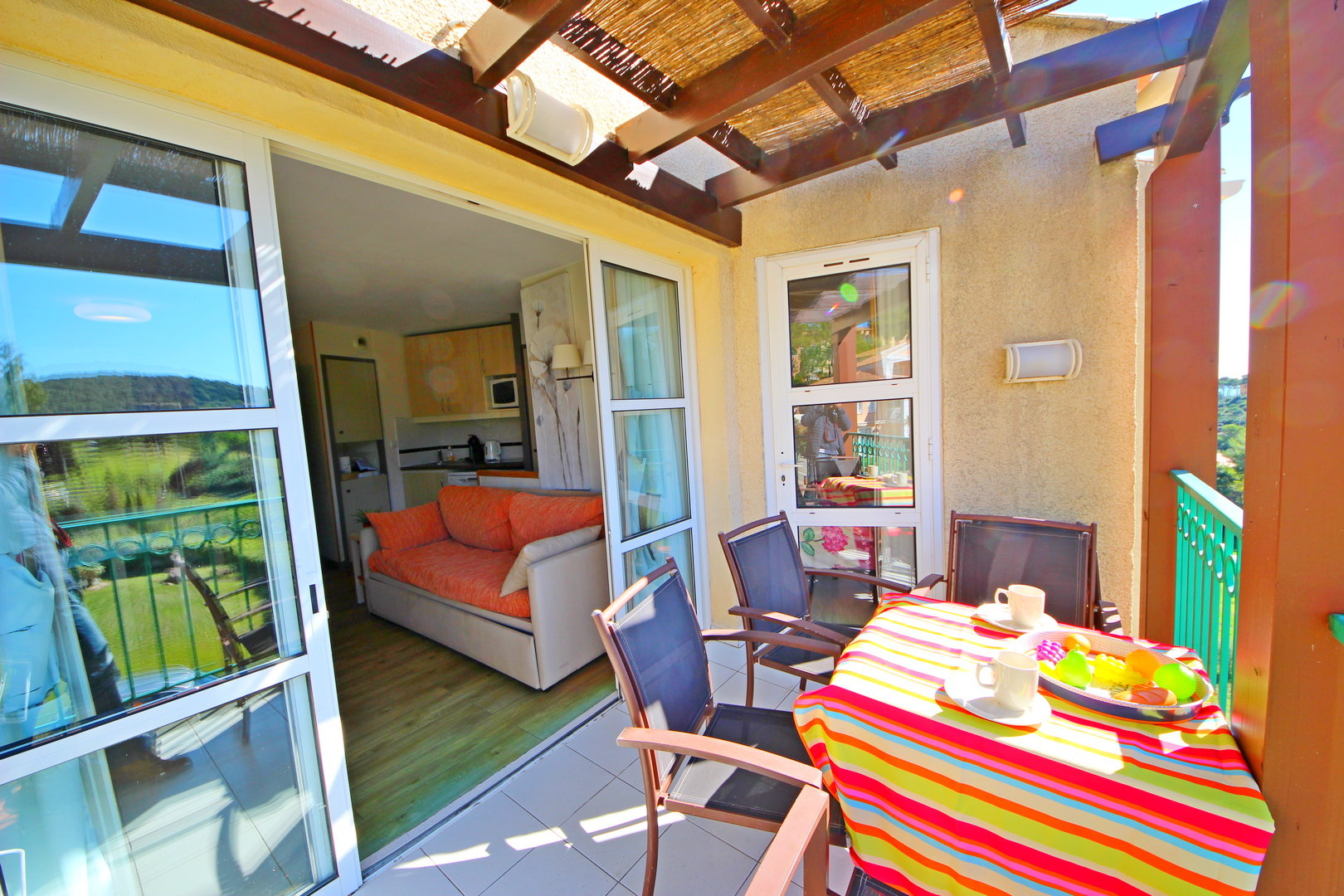 AGAY CAP ESTEREL 1 BEDROOM PANORAMIC VIEW OF THE GOLF COURSE
