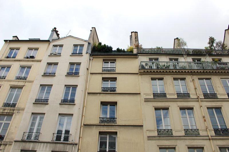 PARIS 4EME - RUE SAINT-ANTOINE