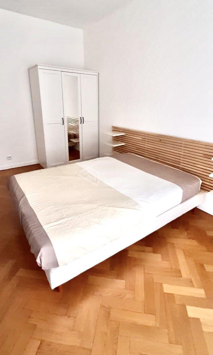 CARRÉ D'OR/PROMENADE: 3 Pièces de 85 m2 - Terrasses