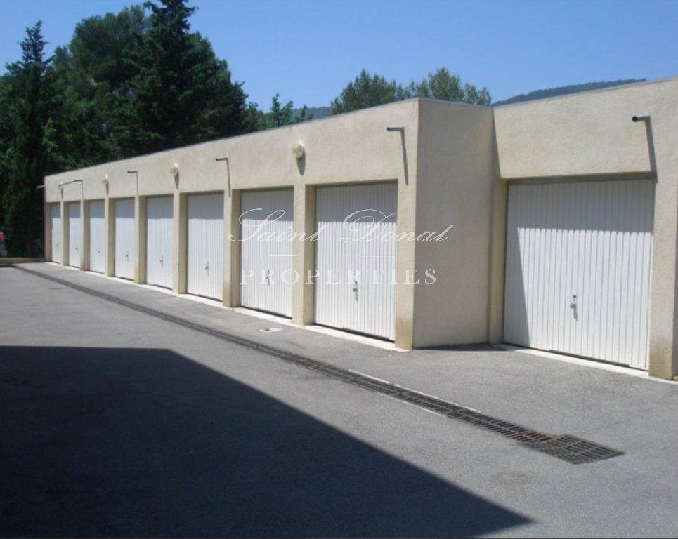 Sale Building - Peymeinade
