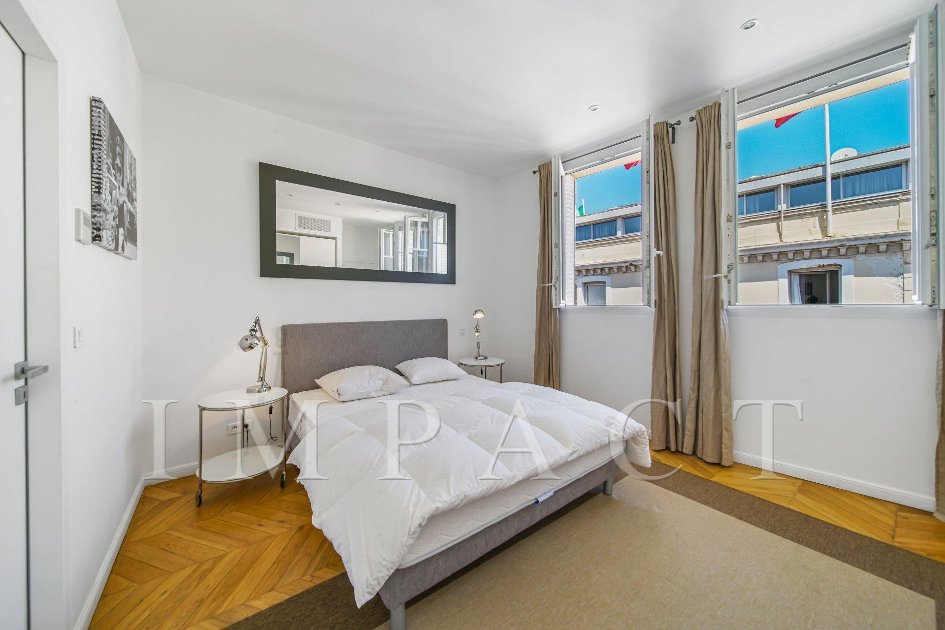 Renovated apartment for sale Cannes center