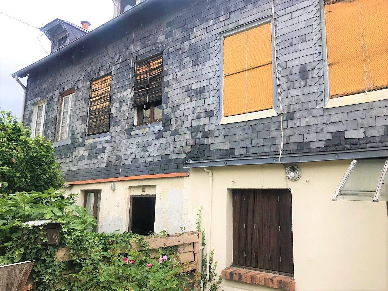 NOTRE DAME DE BONDEVILLE Ensemble immobilier