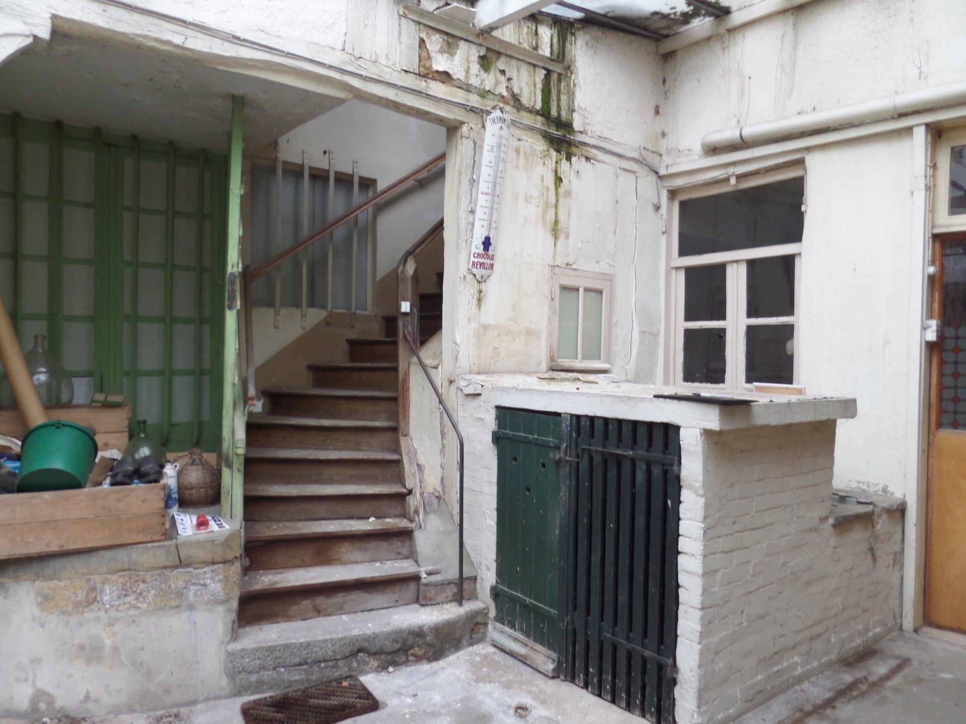 Sale Terraced house - Saint-Julien-du-Sault