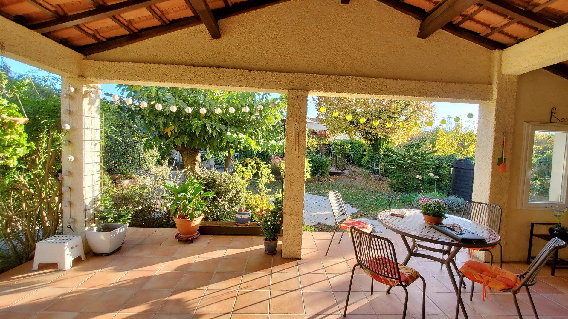 Charming villa on a 1074 m2 plot