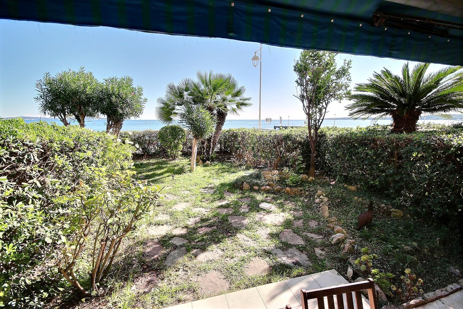 Cannes Palm Beach sea front property for sale