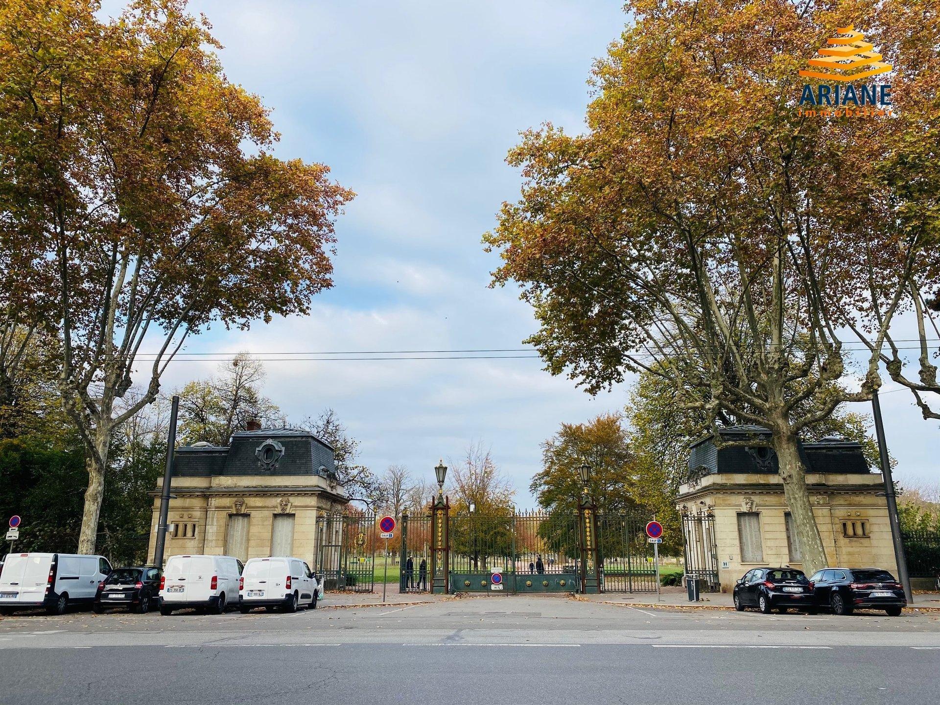 Bureaux à vendre de 111 m2 Lyon 6 vue sur le parc de la Tête d'or