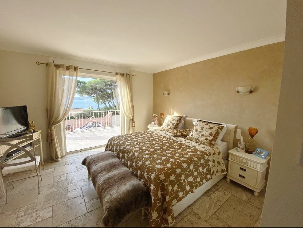 VILLA WITH SEA VIEW GOOD PRICE FOR QUALITY