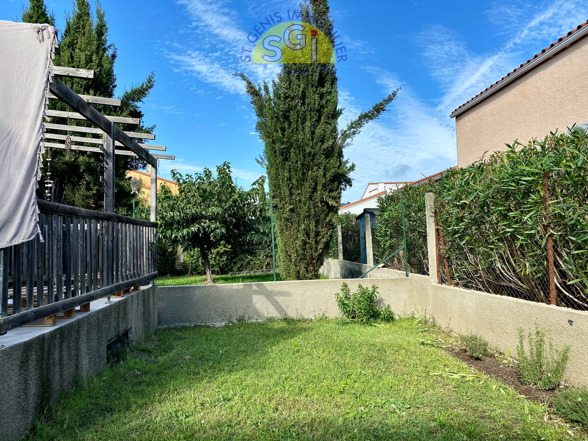 Villa 2 faces avec jardin