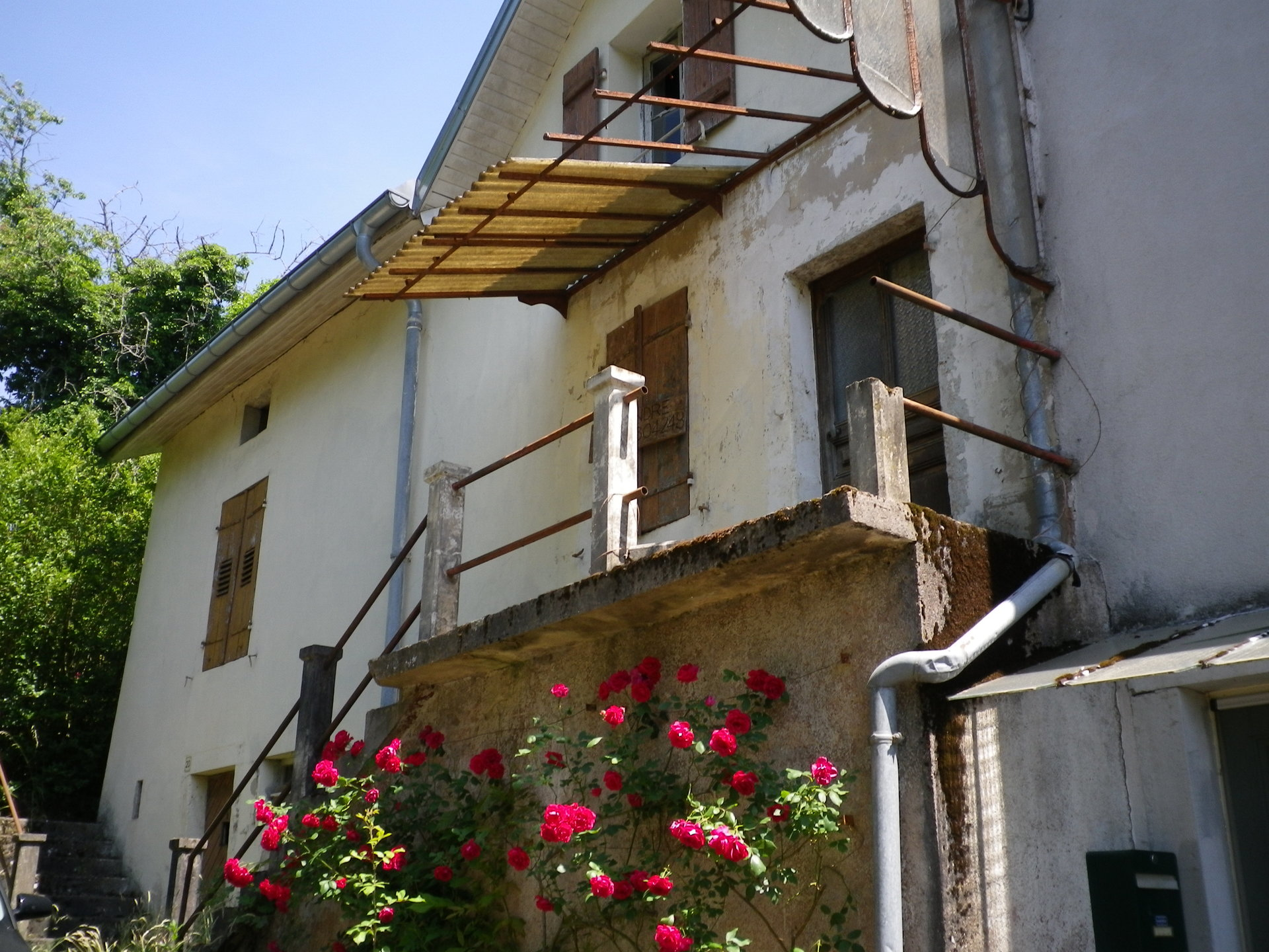 Beautiful house to renovate for sale in the Vosges