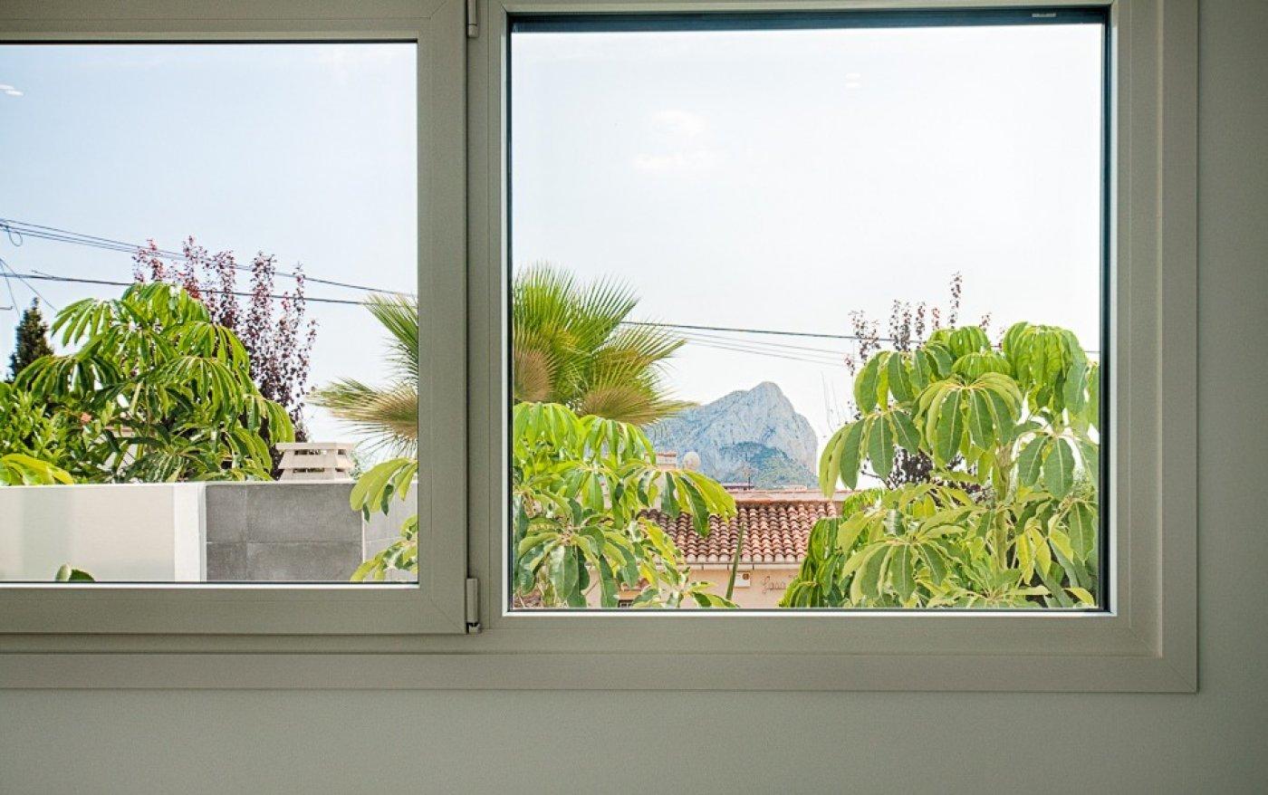 Sleutelklare villa met uitzicht op zee