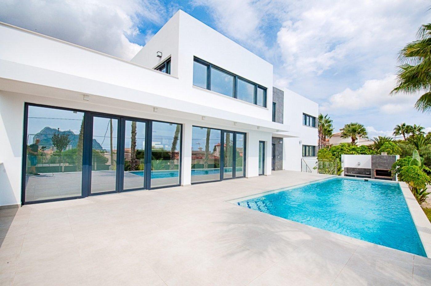 Villa clé en main avec vue mer